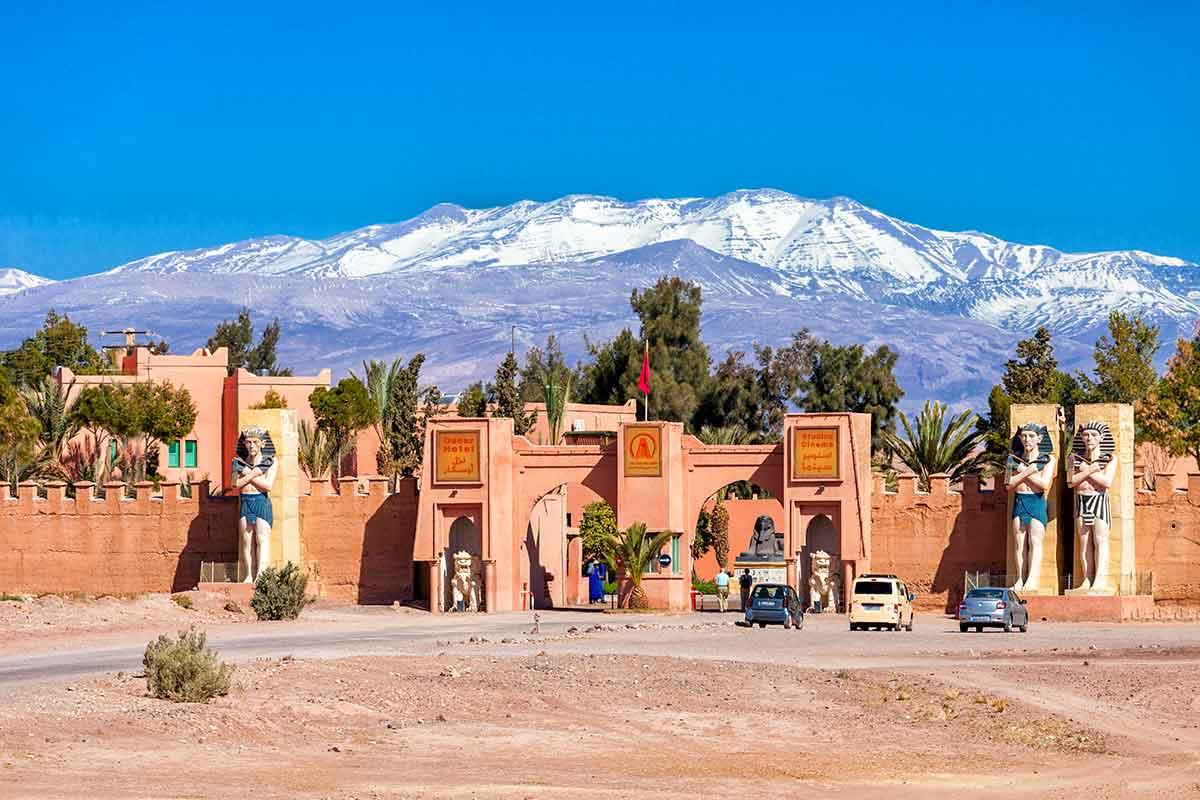 Estudio de cine y hotel en Ouarzazate