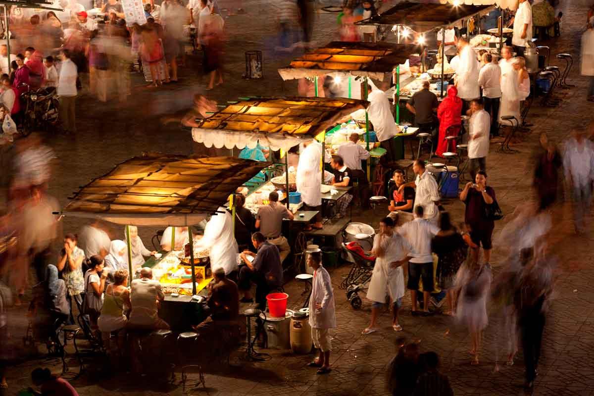 Comer en Jemaa el fna en Marrakech